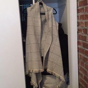 Express scarf vest